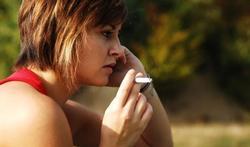 Les femmes sont plus sensibles à la nicotine