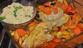 Le tajine de poulet aux abricots séchés et à la courgette