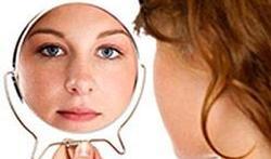 Cancer de la peau : comment s'examiner tout seul ?