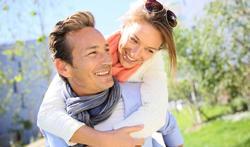 Pourquoi consulter une agence matrimoniale à l'heure d'Internet ?